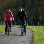 koloběžky na cyklostezce greenway jizera